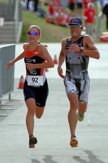 2012 winners Courtenay Atkinson & Rachel Klamer